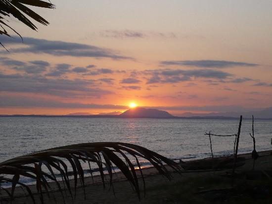 Doany Beach: Vue matinale de la rotonde sur la grande terre