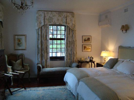 The Neuk Guest House: Rose  room