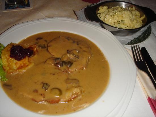 Prager Spezialitätenrestaurant: Smolenitzer Burgfrauenbraten