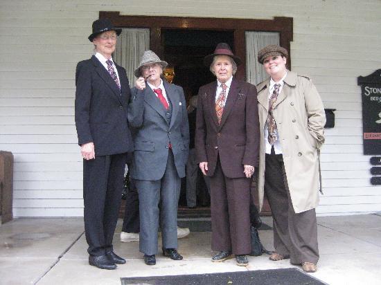 """The Stone Lion Inn: """"Men"""" Folk"""