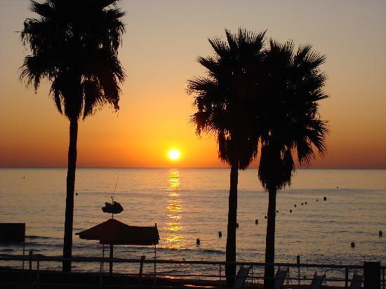 Hotel Riu Nautilus: Sonnenaufgang vor unserem Zimmer