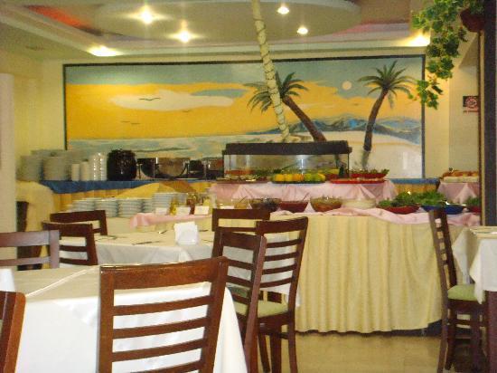 Himeros Life Hotel: downstairs restaurant