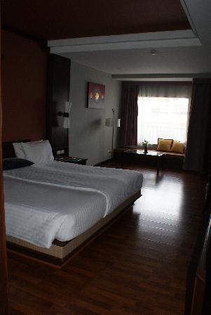Novotel Samui Resort Chaweng Beach Kandaburi : Zimmer 211 - Wohn.- und Schlafraum