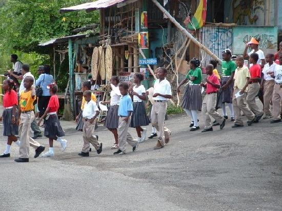 Spice Island Beach Resort: School children in parade