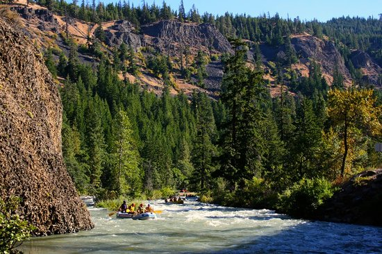 Alpine Adventures : White water rafting and overnight camping on the Tieton River.