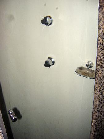 Ducasse Rio Hotel: Room 401 - Bathroom - Shower