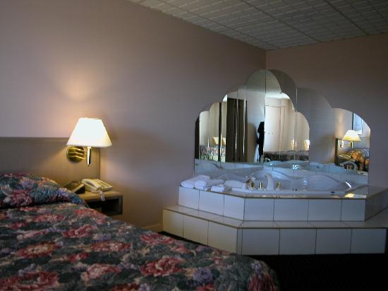 Wellington Hotel Sherbrooke: Lux rooms