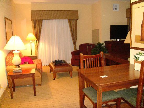 Homewood Suites by Hilton Oklahoma City-West: Livingroom Area