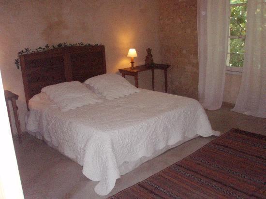 La Garance en Provence: Les Ocres bedroom