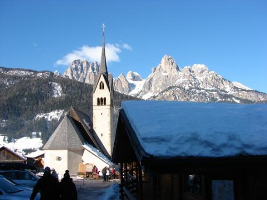 Pozza di Fassa Photo