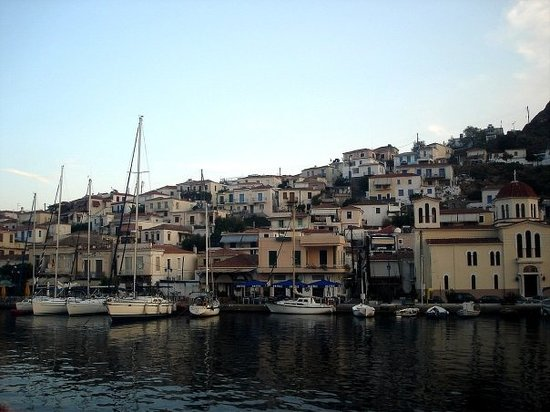 Restaurants in Poros