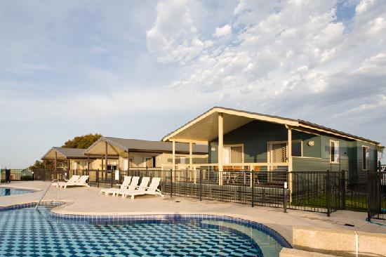 NRMA  Merimbula Beach Holiday Park: Poolside Condo