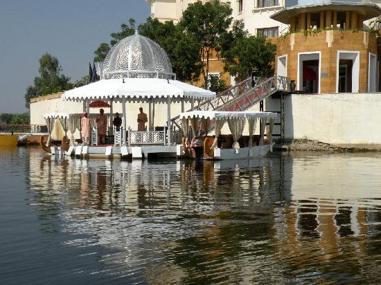 The Leela Palace Udaipur: Arrival by boat