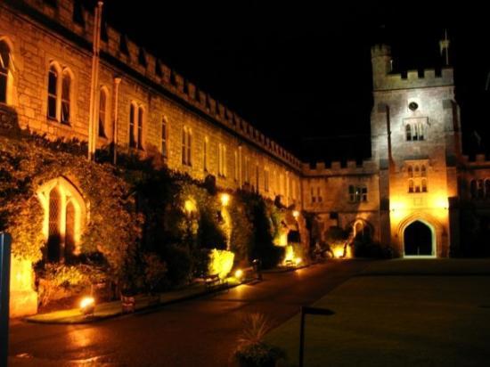 University College Cork (UCC): Un vieux bâtiment historique de l'université de Cork.