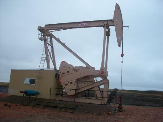 Dickinson, Dakota del Norte: PUMPER..HEAD CRUSHER REGULATOR..