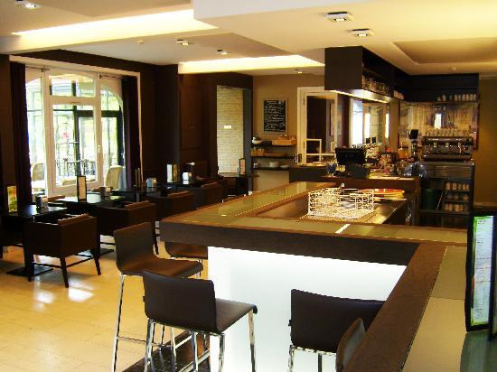 Ariane hotel: Bar area