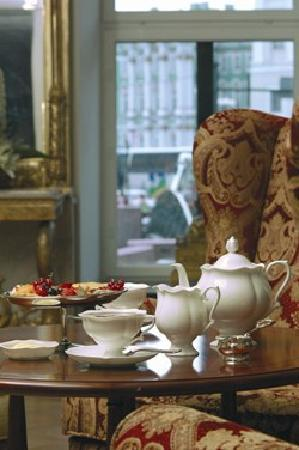 Kempinski Hotel Moika 22: Tea Room