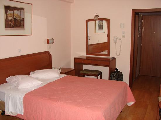 Economy Hotel: Habitación Vista 1
