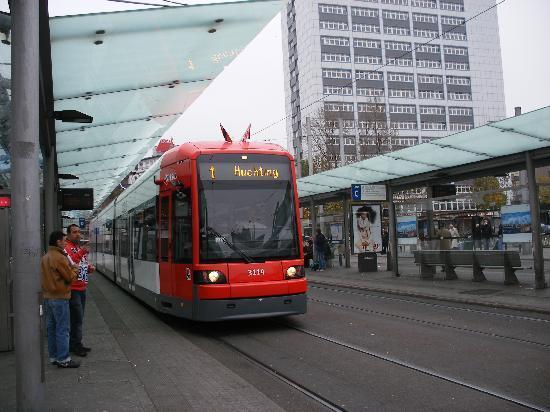 InterCityHotel Bremen: tram