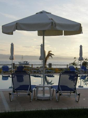 Troulos Bay Hotel: Relax!