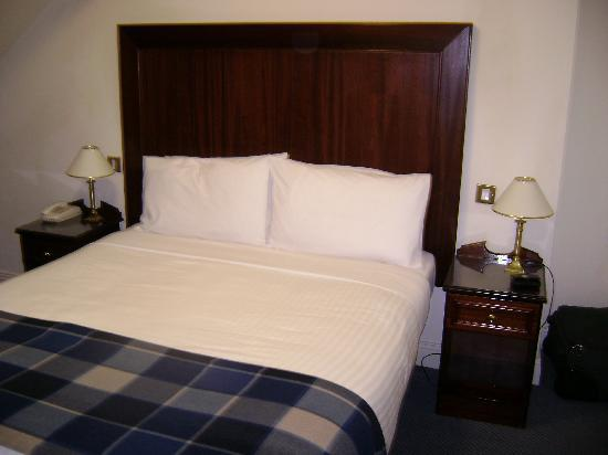 Photo of Glengarriff Eccles Hotel