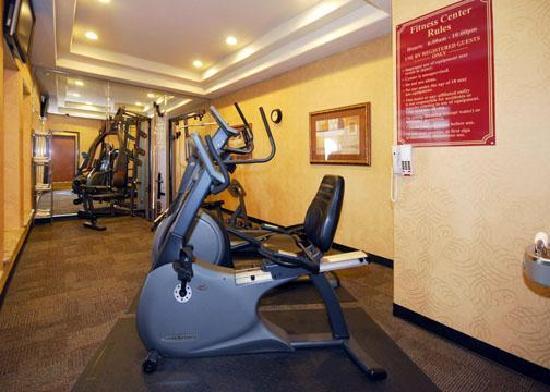 Comfort Inn Near SeaWorld: Fitness Room