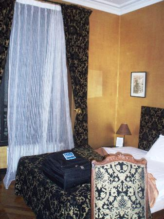 Hotel Windsor Home : chambre