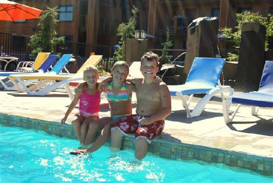 Chelan, WA: The Pool Area