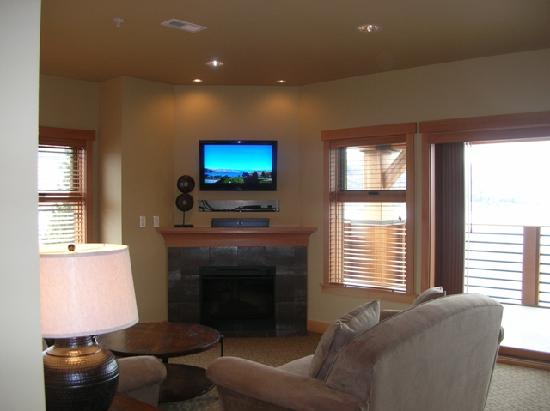 The Lake House at Chelan : Living Room