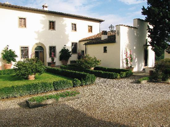 Villa Poggio ai Merli : Entrance to reception