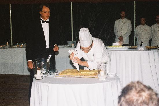 Villa Poggio ai Merli: ~Our Wedding Cake prepared for us!