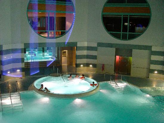 Badehotel Belvair: Thermal Bäder innen und aussen, Solbad,