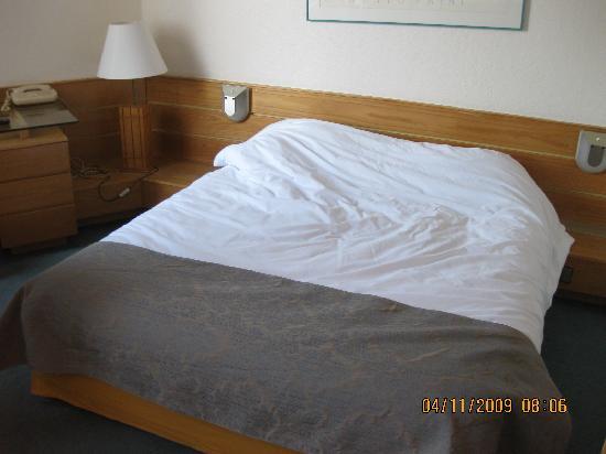 Aparthotel Adagio Paris XV: bed in 722
