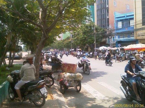 Massage Enjoy: jalan yang amat bersih dan bising with hon