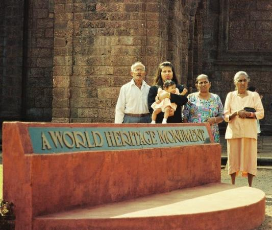 Tomb of St. Francis Xavier : 1999-With beloved Uncle & Aunt at Old Goa
