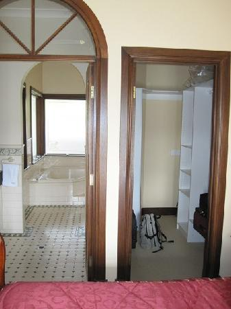Doors To Bathroom And Walk In Robe Picture Of Brice Hill Country