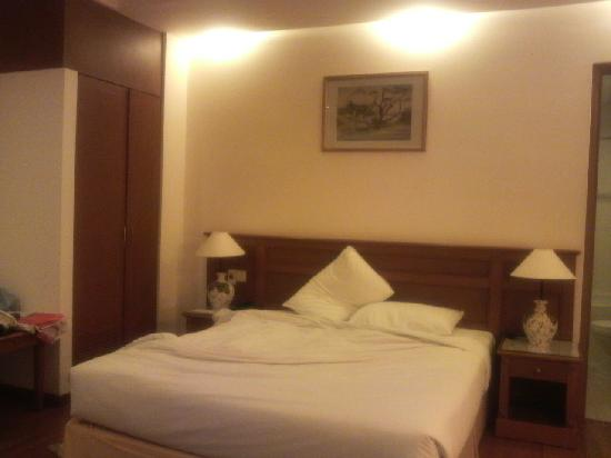 Oscar Saigon Hotel: OSCAR DELUXE