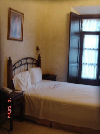 Hotel Casa del Agua: room