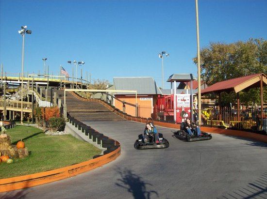 The Track Family Fun Park: vrooommm.