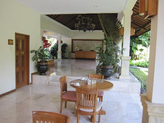 Parigata Spa Villas: le restaurant et petit déjeuner