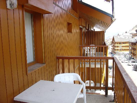 Pierre & Vacances Residence Les Ravines: Balcony