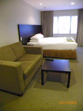 โรงแรมโอกแลนด์ซิตี้ ถนนฮอปซัน: Sofa y comoda cama
