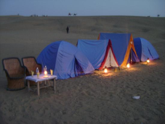 The Mama's Resort & Camp: Couple tent in desert