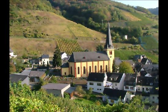Ferienpension  Bei Stenze: Senheim Village