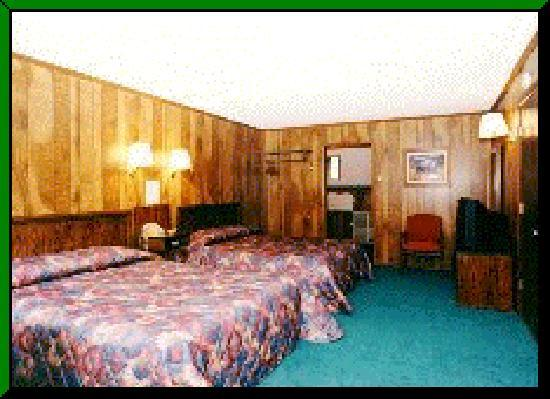 Red River, NM: Motel Room