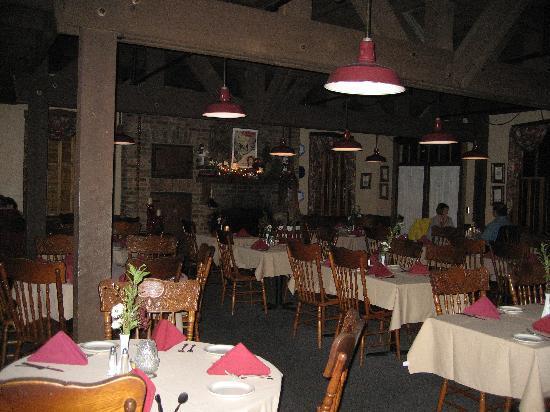 The Anvil Restaurant : Main dining room