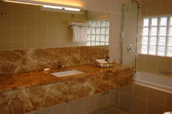 Quinta do Mar -Comfortable, Luxury Bathroom