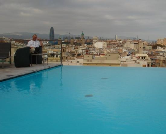Grand Hotel Central: Pool on the Roof