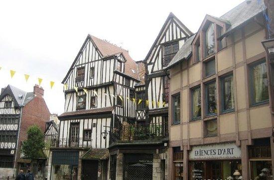 Rouen, France : Rouan