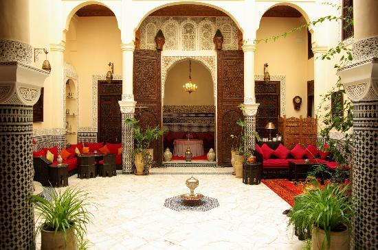 Riad Ibn Battouta: patio du riad
